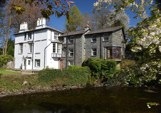 Riverside Lodge – From £730