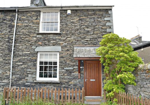 Church Cottage – From £460